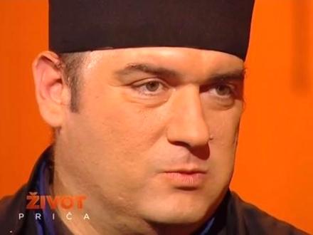 Otac Serafim u TV emisiji; Foto: TV Prva printscreen