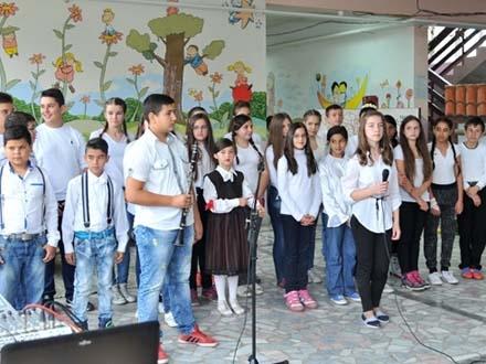 Veliki jubilej za školstvo na jugu. Foto: Miloš Dinić