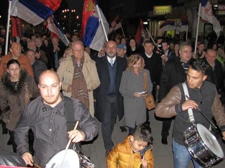 Saša Janković u šetnji centrom Vranja FOTO:D. Ristić/OK Radio
