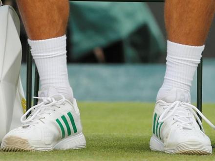 Samo mu Novakove patike odgovaraju FOTO: Reuters/Matthew Childs