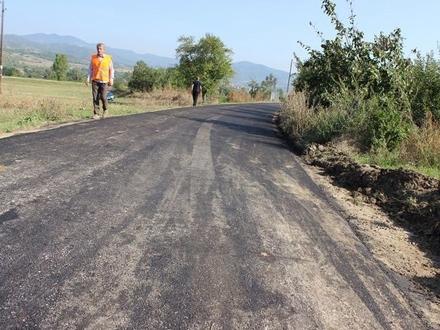 Seoski putevi asfaltirani, novac nije isplaćen FOTO: OK Radio