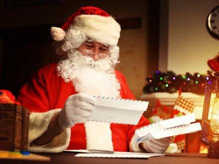 Volonteri odgovaraju u Deda Mrazovo ime FOTO: Thinkstock