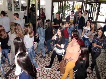 Manjak odličnih studenata u Vranju FOTO: D. Ristić/OK Radio