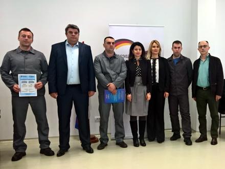 Sertifikate dobilo 164 osuđenika FOTO: Help Serbia