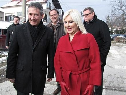 Gradonačelnik MIlenković i ministarka Mihajlović. Foto: S.Tasić/OK Radio