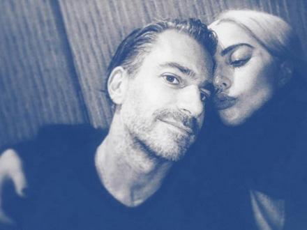 Lejdi Gaga sa 17 godina starijim verenikom FOTO: Instagram
