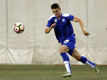 Zlatanović među igračima mlade selekcije FOTO: FK Radnik