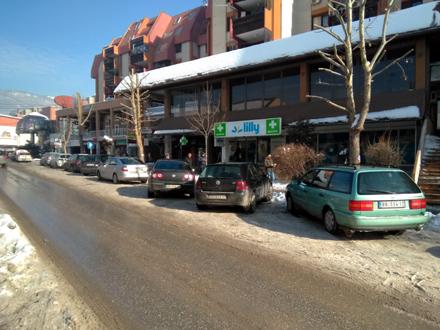 Parking mesta praktično neobeležena FOTO: G. Mitić/OK Radio