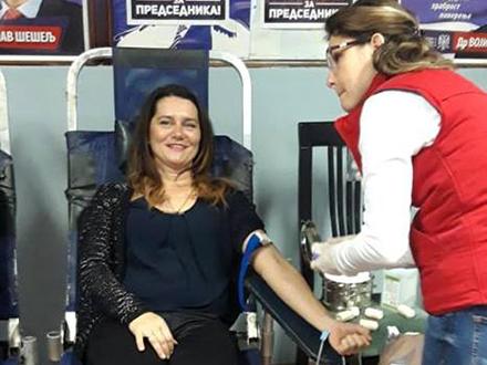 Predsednica Stanimirović dala krv. Foto: FB
