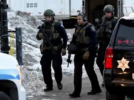 Ranio pet policajaca pre nego što je ubijen FOTO: AP