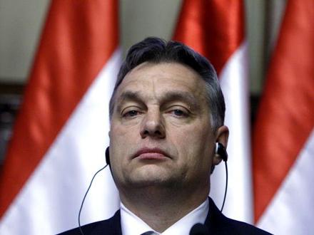 Kampanju mađarske vlade osudila Evropska komisija FOTO: Reuters