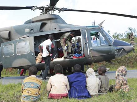 Više od 350 ljudi je izgubilo život, stotine nestalih FOTO: AP