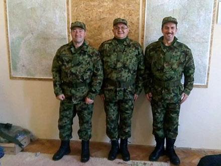 Zoran Antić (u sredini) na vežbi u Vranju. Foto: FB