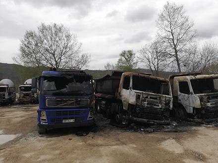 Spaljene mašine u Prevalcu. Foto: OK Radio