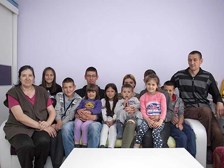 Porodica Nešić. Foto: Srbi za Srbi