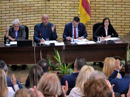 Smenjena i dva gradska većnika FOTO: G. Mitić/OK Radio