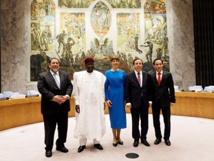Predstavnici novoizabranih nestalnih članica SB UN FOTO: EPA