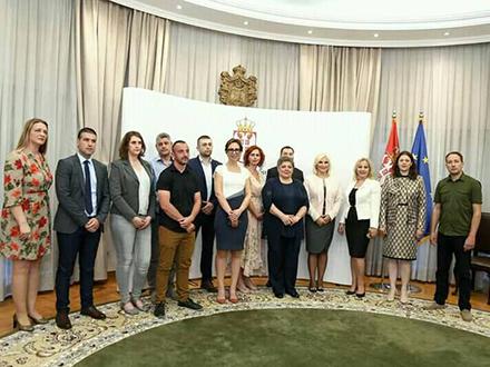 Sa potpisivanja ugovora u Vladi Srbije. Foto: FB