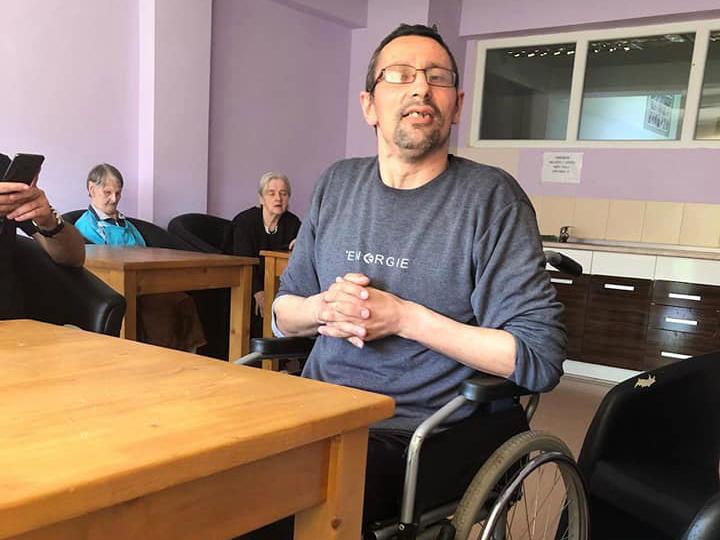 Zoran Gogić u domu u Novom Pazaru. Foto: Privatna arhiva