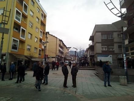 Uniforme za đake u Surdulici. Foto: S.Tasić/OK Radio