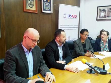 Nemanja Nenadić (levo) pružio je stručnu podršku FOTO: vranje.org.rs