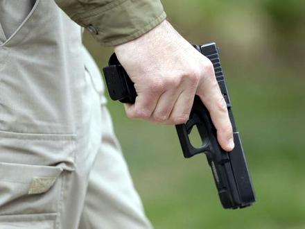 Nelegalno oružje, municija i droga su oduzeti FOTO: AP/ilustracija