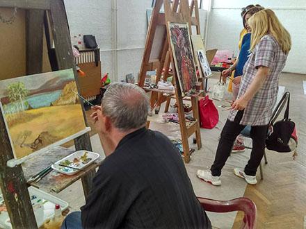 Kroz Atelje prođe veliki broj afirmisanih umetnika. Foto: NU