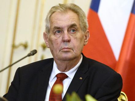 Predsednik Češke Miloš Zeman FOTO: EPA/Tamas Kovacs