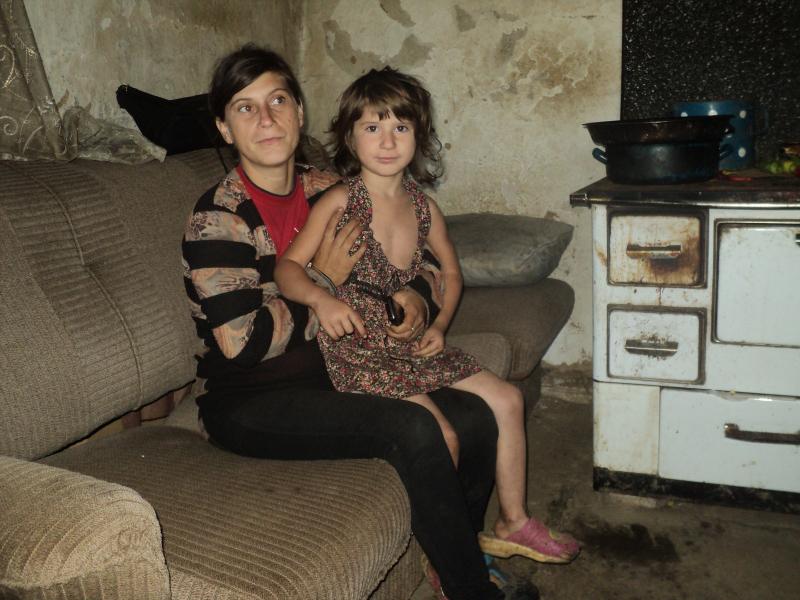 Marija sa ćerkom Tijanom. Foto: S.Tasić/OK Radio