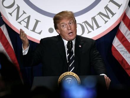 Tramp ugrozio nacionalnu bezbednost SAD? FOTO: EPA-EFE