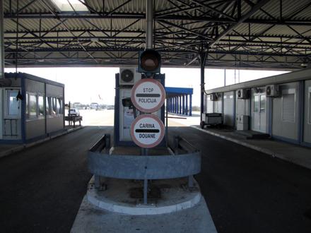 Kamioni na Zapadnom Balkanu gube godišnje 26 miliona sata čekajući na granicama