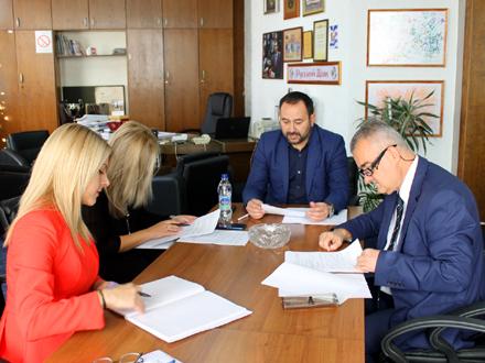Održana konstitutivna sednica Komisije FOTO: vranje.org.rs