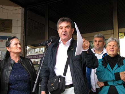 Slađan Ristić na protestu ispred Gradske uprave FOTO: D.Ristić/OK Radio