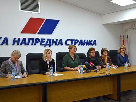 Unija žena SNS-a u Vranju FOTO: G. Mitić/OK Radio