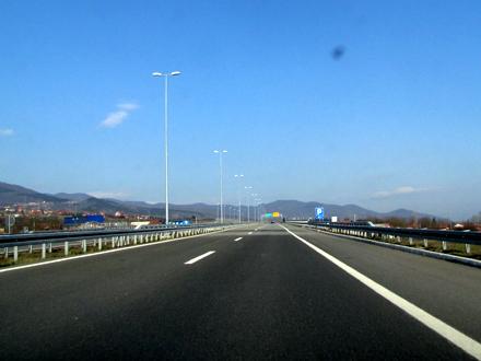Za vožnju bržu od 130 km na sat - kazna FOTO: D. Ristić/OK Radio