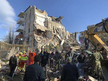 Zemljotres jačine 6,4 jedinica Rihterove skale pogodio je jutros u 3.54 neposrednu okolinu Drača FOTO: AP