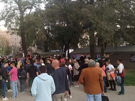 Veterani i građani u Pionirskom parku. Foto: FB Na braniku otadžbine