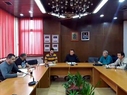 Sastanak sa nosiocima manifestacije FOTO: vranje.org.rs