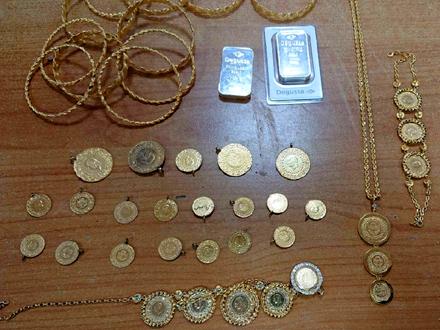 U  žitu dukati, lančići,narukvice i zlatne poluge FOTO: Uprava carina