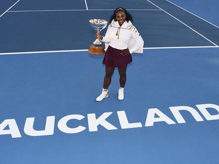 Osvojila je 73. trofej u 98. finalu u karijeri FOTO: AP