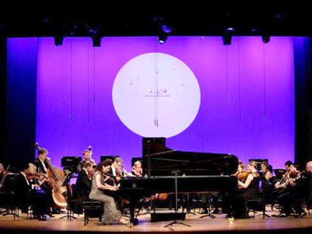Žali gubitak svog velikog klavira FOTO: EPA-EFE