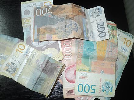 Stiže novac. Foto. S.Tasić/OK Radio