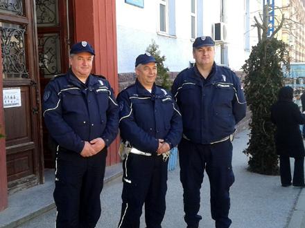 S leva na desno: Boban Tasić, Nenad Petrović i Srđan Karavelić FOTO: PU Vranje