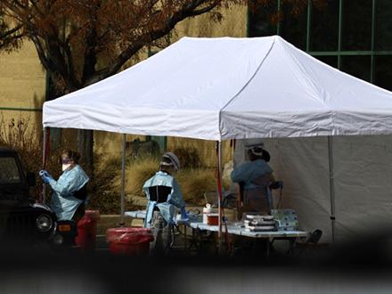 U Nišu ima zaraženih lekara i medicinskih sestara FOTO: AP