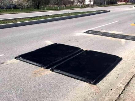 Dezinfekcija pneumatika na vozilima FOTO: vranje.org.rs