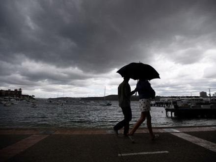 Lokalno su moguće nepogode sa gradom, olujnim vetrom i obilnim pljuskovima FOTO: EPA