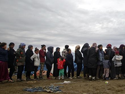 Preveženi u Prihvatni centar za migrante u Preševo FOTO:Ilustracija/AP
