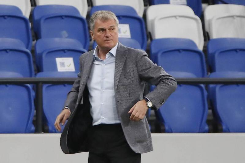 Kostić doživeo povredu već u 15. minutu susreta FOTO: Reuters