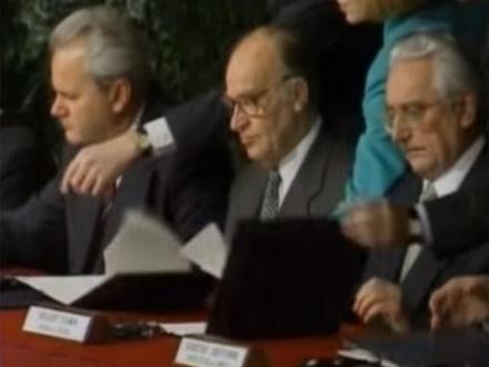 Potpisivanje sporazuma FOTO: YouTube screenshot