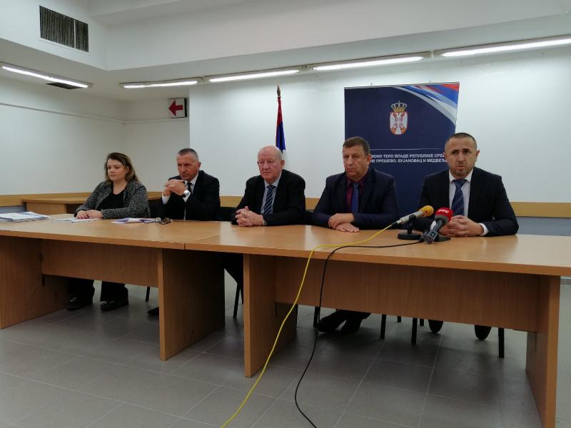 Zoran Stankovič sa funkcionerima tri opštine FOTO: kt.gov.rs